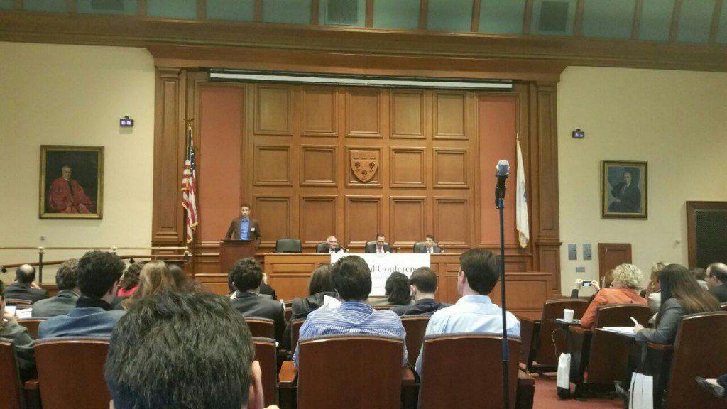 Luís Roberto Barroso e Joaquim Falcão discutem reforma política em Harvard, na Brazil Conference