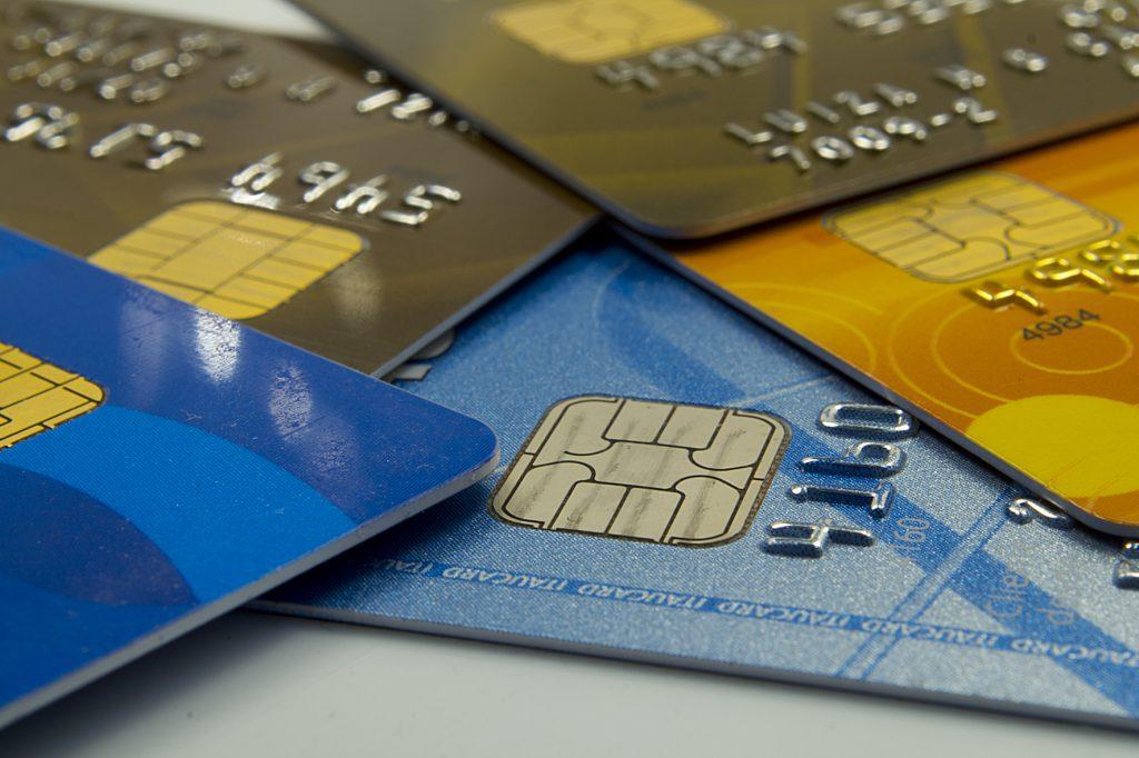 Governo mantém alíquota do IOF sobre operações de crédito zerada até o fim de 2020