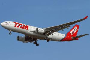 STJ julga se combustível de voo com operação isenta e tributada gera crédito de ICMS