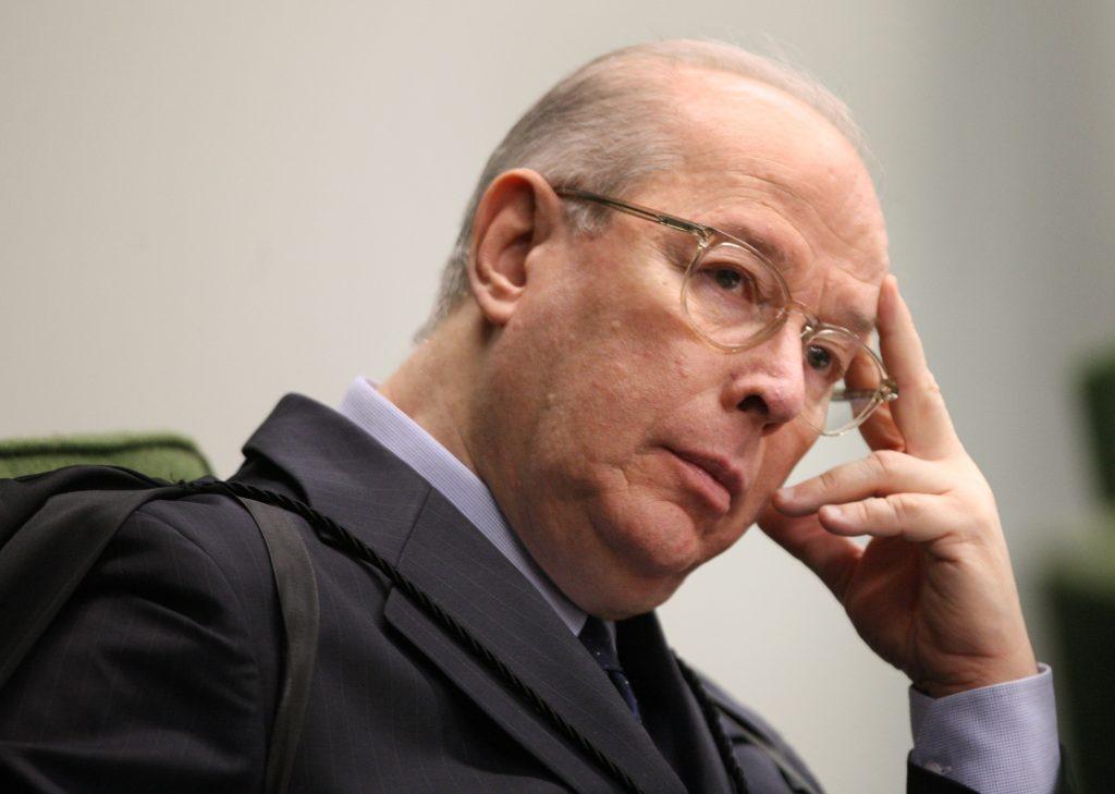 censura estatal Ministro proferiu voto dias antes de se aposentar