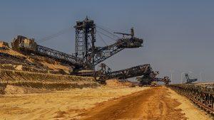 Mineração peruana, Direito minerário; licença ambiental para mineração