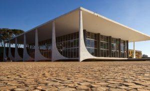 Rede pede que STF declare o sistema tributário brasileiro como inconstitucional