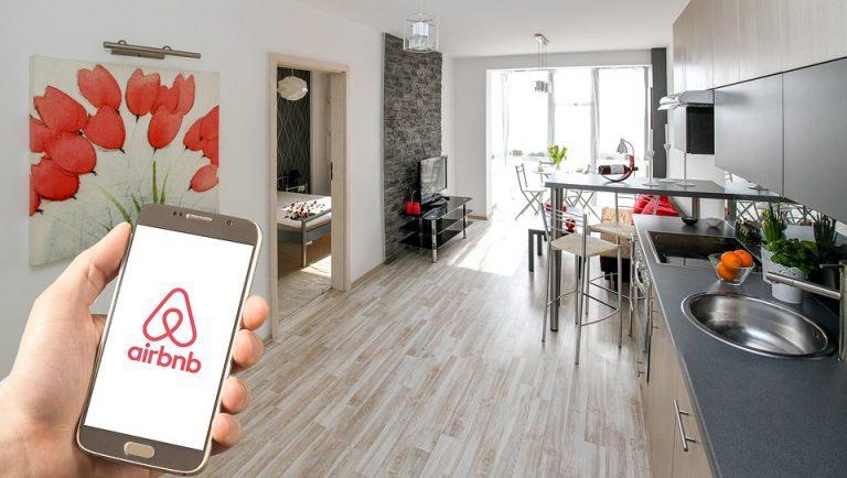 stj, airbnb