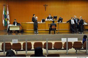Júri legítima defesa da honra