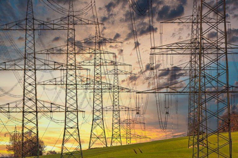 Maioria do STF entende que os estados podem definir regras sobre energia elétrica na pandemia