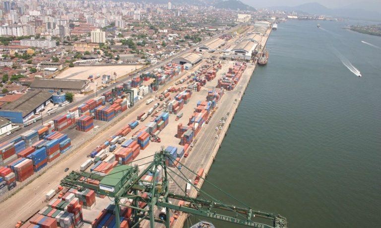 vietnamitas Porto de Santos: embarcação com vietnamitas passou pelo porto