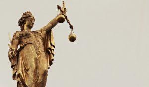 Poder judiciário, mulher