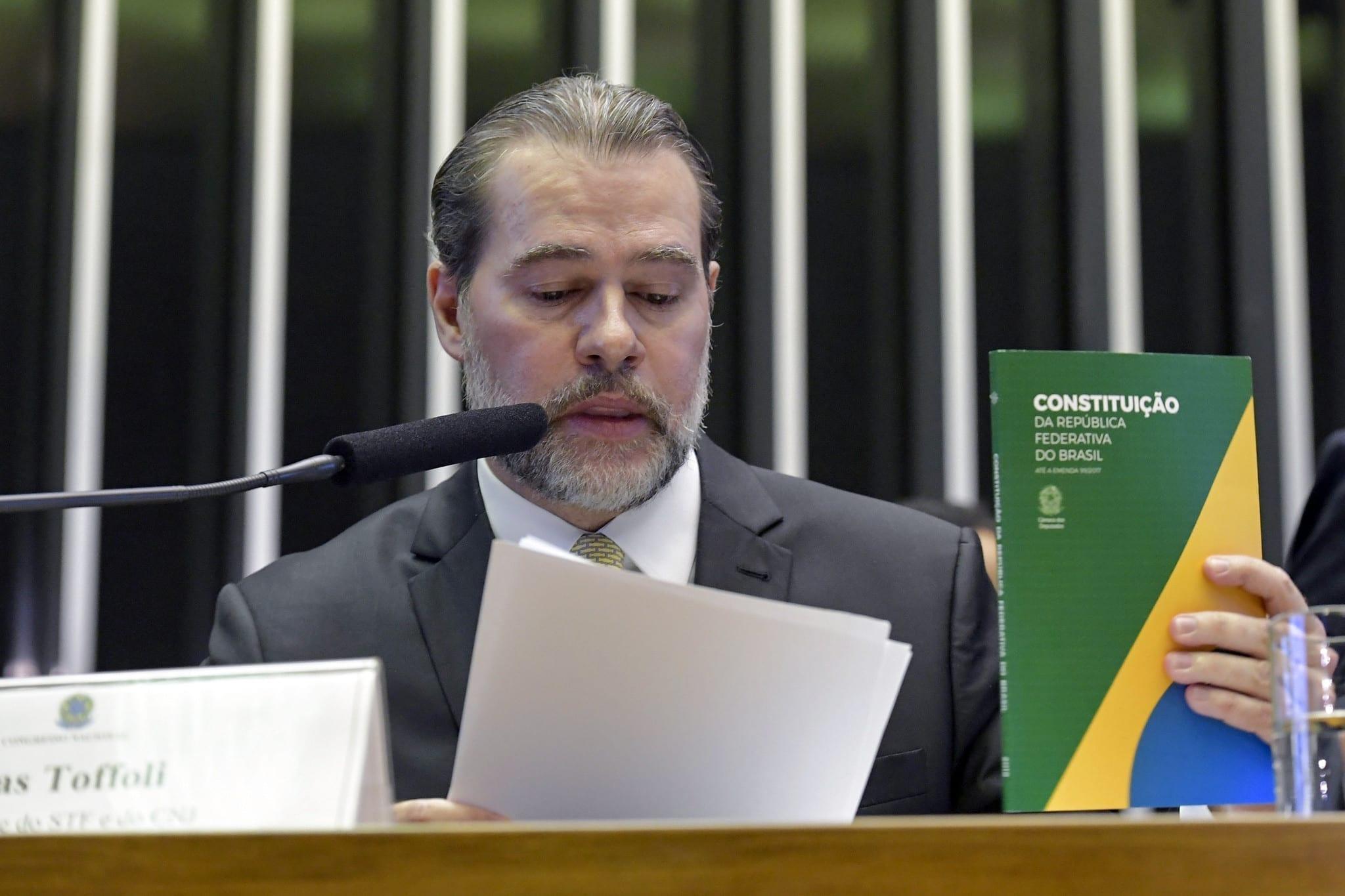 Dias Toffoli vota contra a incidência de IRPF sobre pensão alimentícia
