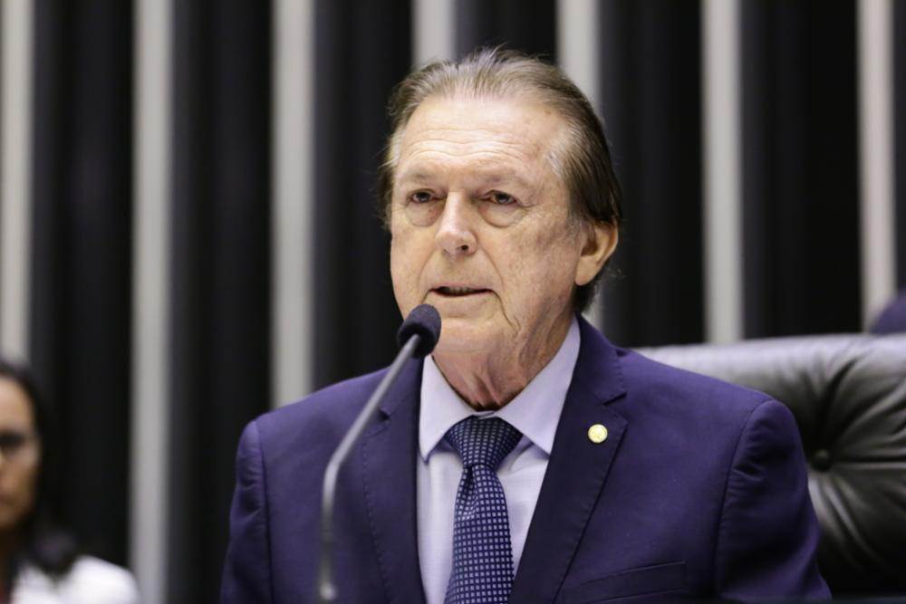 Luciano Bivar, presidente do PSL
