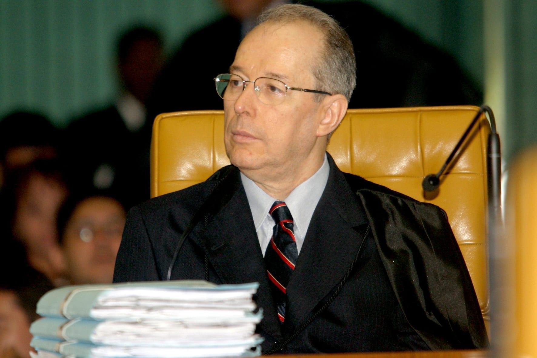 Celso de Mello, no plenário do STF em 2005