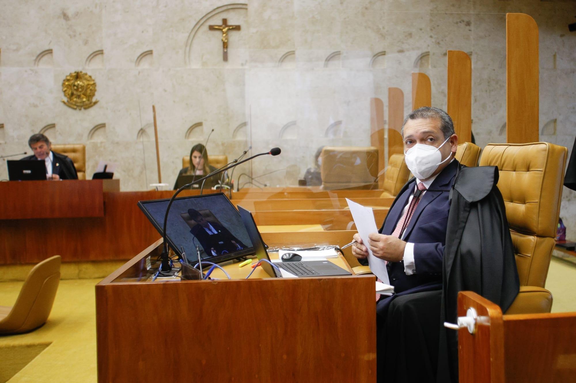 Nunes Marques libera funcionamento de igrejas em meio à pandemia