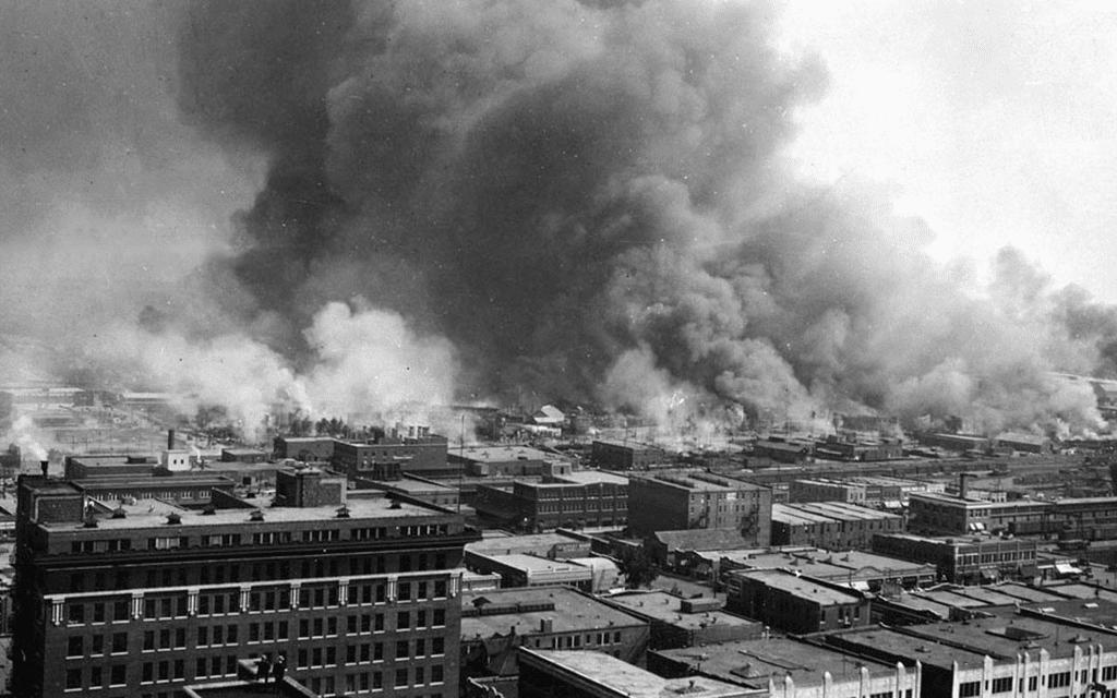 Vista aérea do Massacre de Tulsa nos Estados Unidos