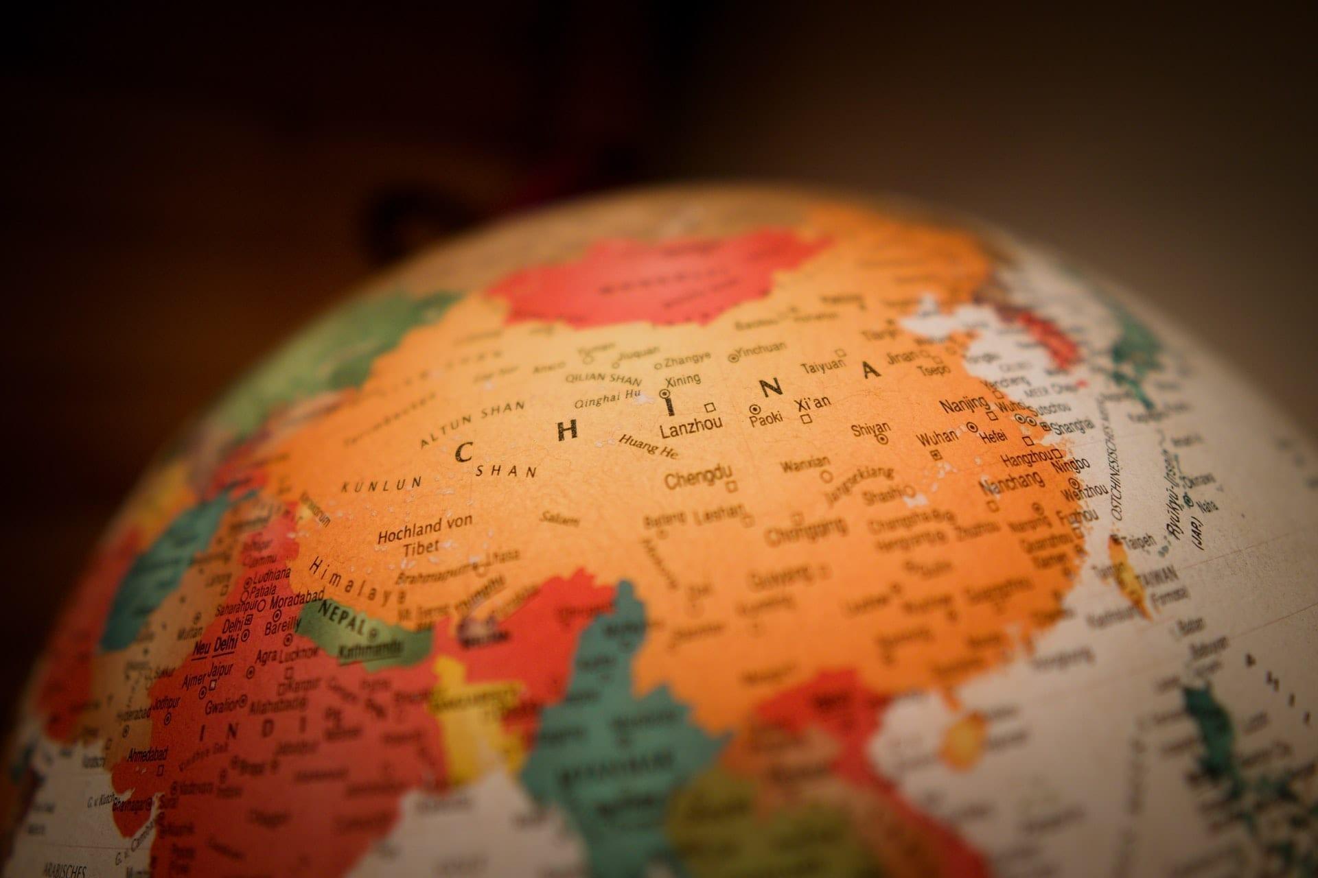 Globo mostra a China no centro