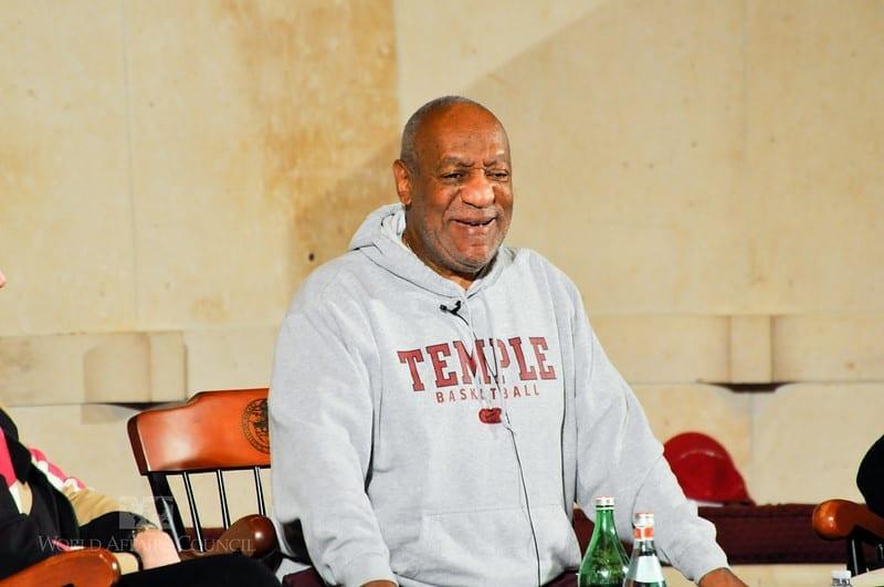 Imagem mostra o ator Bill Cosby