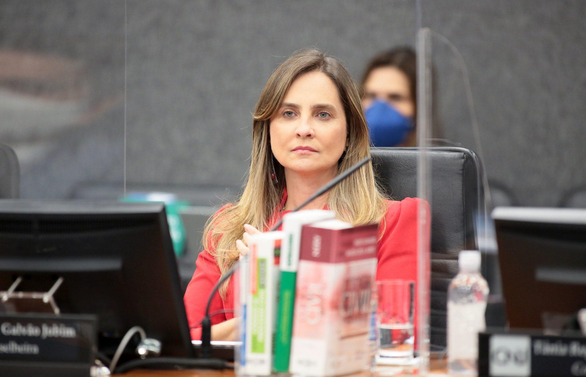 Candice Jobim